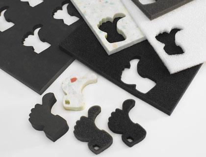 Taglio di materiale espanso