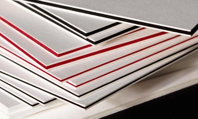 Carta Multiloft, ideale per creare biglietti da visita o inviti di spessore superiore ai 300 gr.